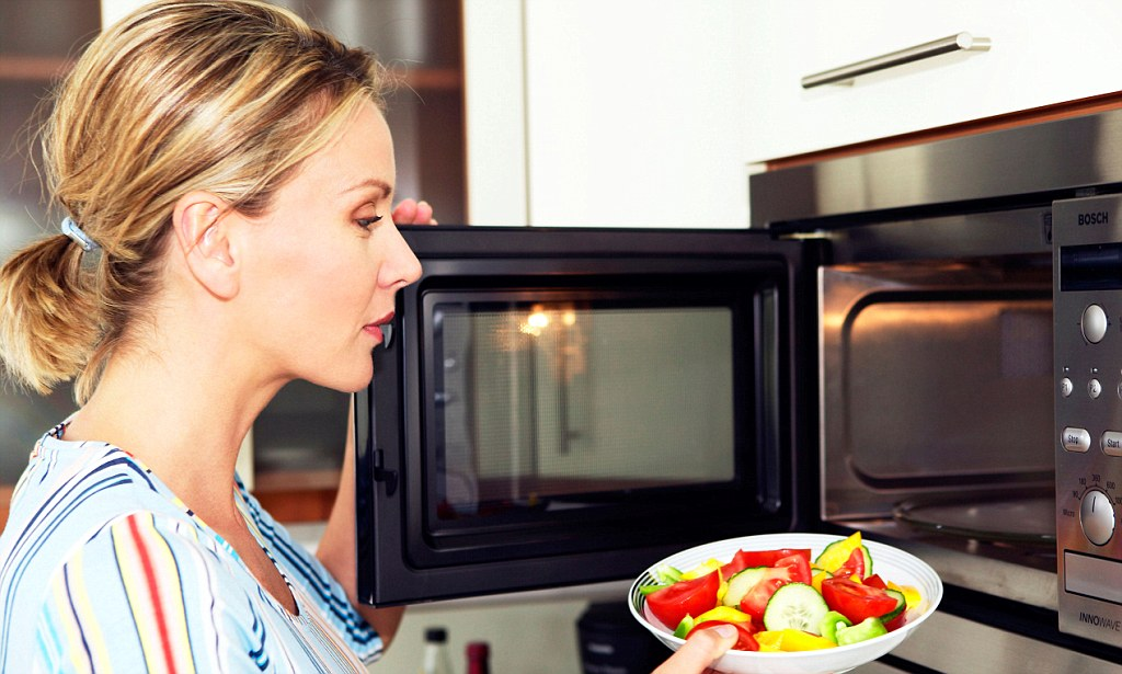 5 mikroviļņu krāsns apdraudējumi Tavai veselībai