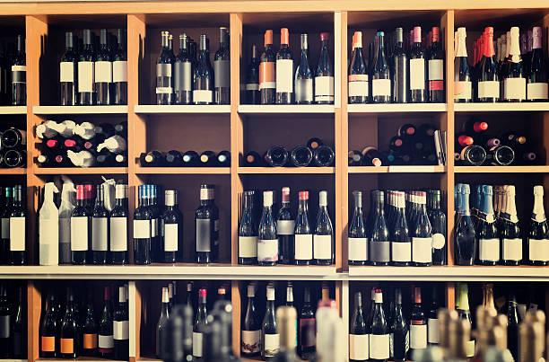 Vīnu pazinēji skaidro, kāpēc ir vērts pirkt lētos vīnus. Es par to nemaz nebiju aizdomājies
