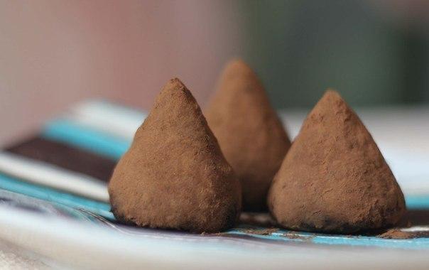 Kad man tante atklāja šokolādes trifeļu noslēpumus, es tūdaļ ķēros klāt to pagatavošanai