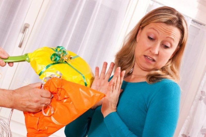 Šos 7 priekšmetus nevajadzētu dāvināt, un saņemt kā dāvanas, izstāstīsim kāpēc