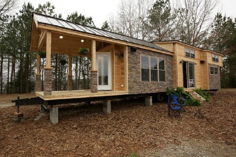 Šīs mazās mājiņas platība ir vien  37m², bet, paskatoties iekšā, jūs būsiet pārsteigti par tās interjeru