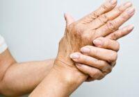 Manai mammai pēc 50 gadiem sāka tirpt roku un kāju pirksti: pazīstams ārsts ieteica, ko darīt