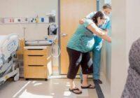 Neatliekamā palīdzība atveda grūtnieci uz slimnīcu un tad sākās kontrakcijas