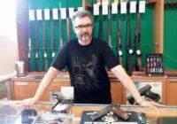 Saeima konceptuāli atbalsta šaujamieroču lietošanas aizliegumu uzturlīdzekļu parādniekiem