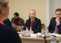 Satversmes tiesu apmeklē tieslietu ministrs Jānis Bordāns