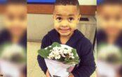 Māte piespieda savu dēlu aiznest puķes meitenei, kuru viņš pagrūda. Pareiza audzināšana!