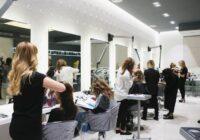 Sliktas ziņas dāmām, kuras ir nevakcinējušās un gribēs apmeklēt skaistumkopšanas salonus